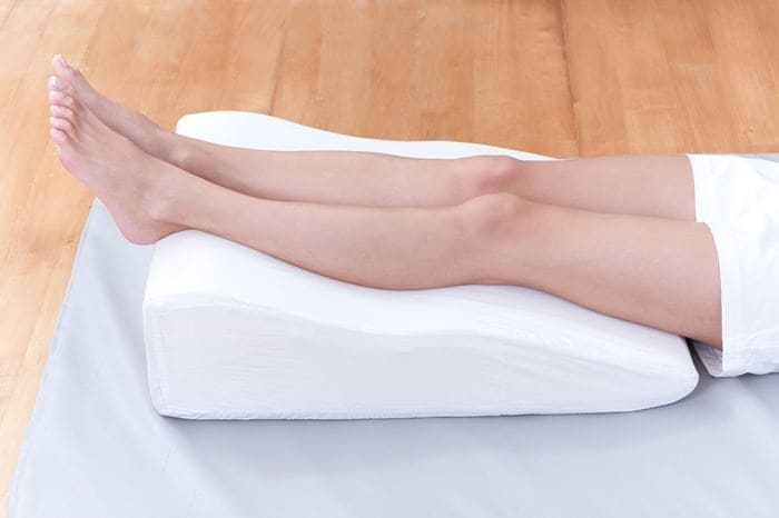 Как снять отеки с ног после кесарева сечения лечение